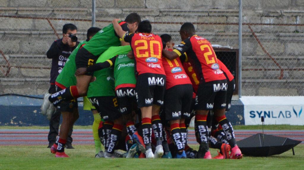 Deportivo Cuenca suma un punto y se aleja de la zona de descenso