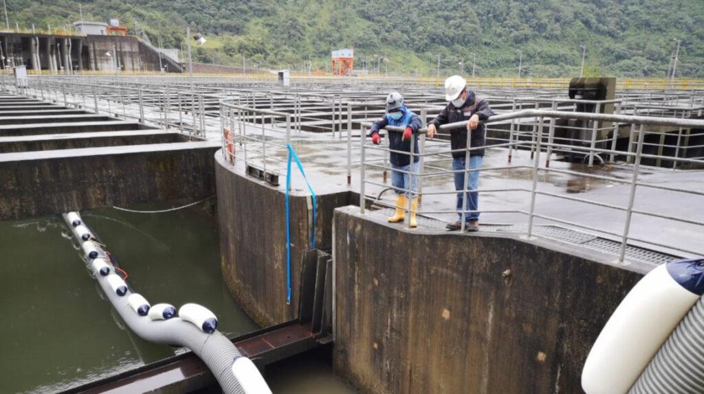 Draga despejará sedimentos de la central Coca Codo Sinclair