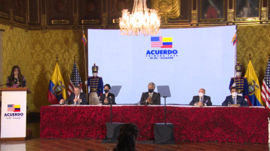 Ecuador y Estados Unidos firman un acuerdo comercial de primera fase