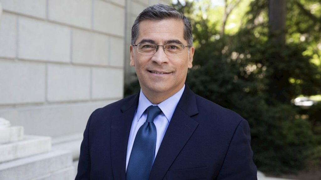 Congresistas latinos de EE.UU. celebran elección de Becerra