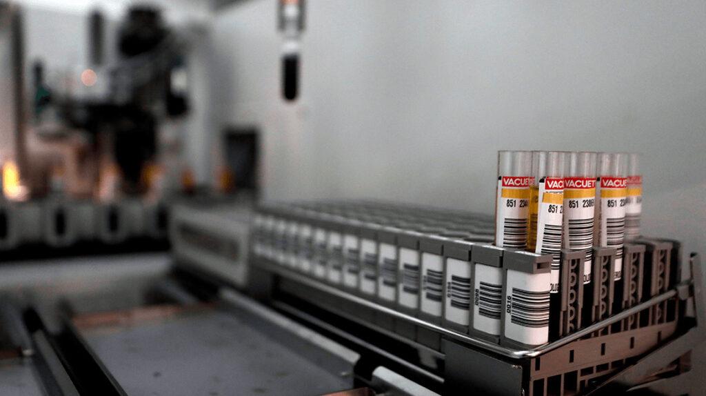 Es indelegable la compra de vacunas Covid-19, dice ministro de Salud