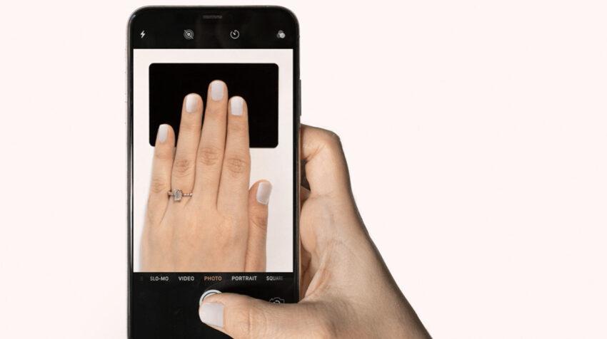 Fotografía para aplicar las uñas de acrílico.