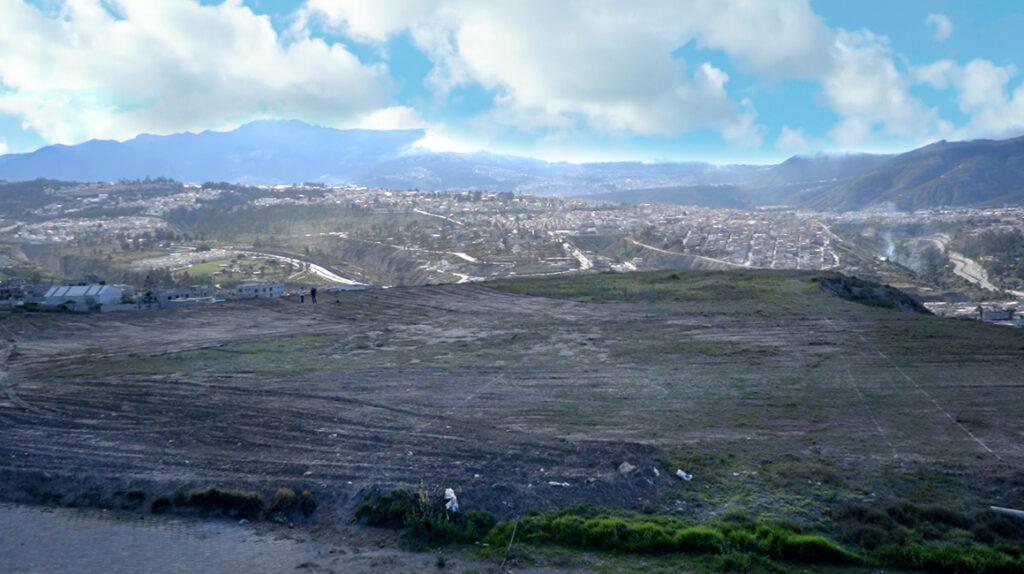 En Quito se construye la primera cancha reglamentaria de béisbol