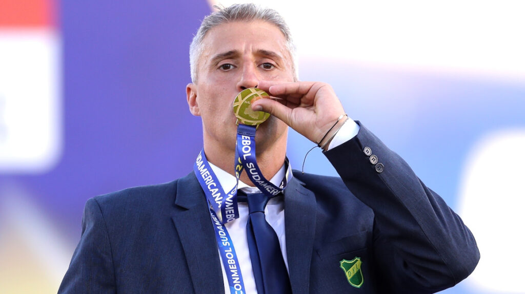 Hernán Crespo es presentado como nuevo entrenador de Sao Paulo