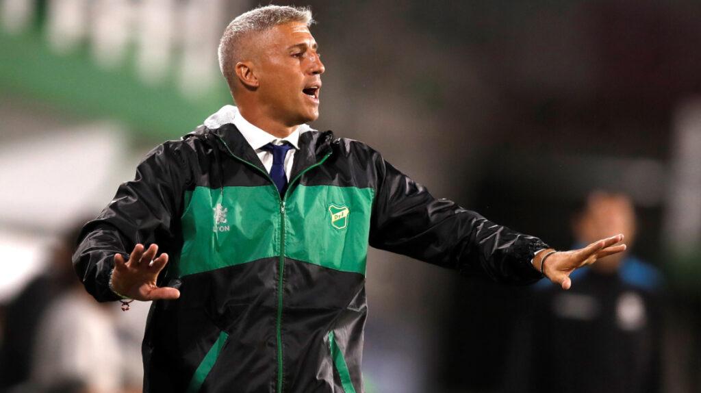 Hernán Crespo busca el título de la Copa Sudamericana como entrenador