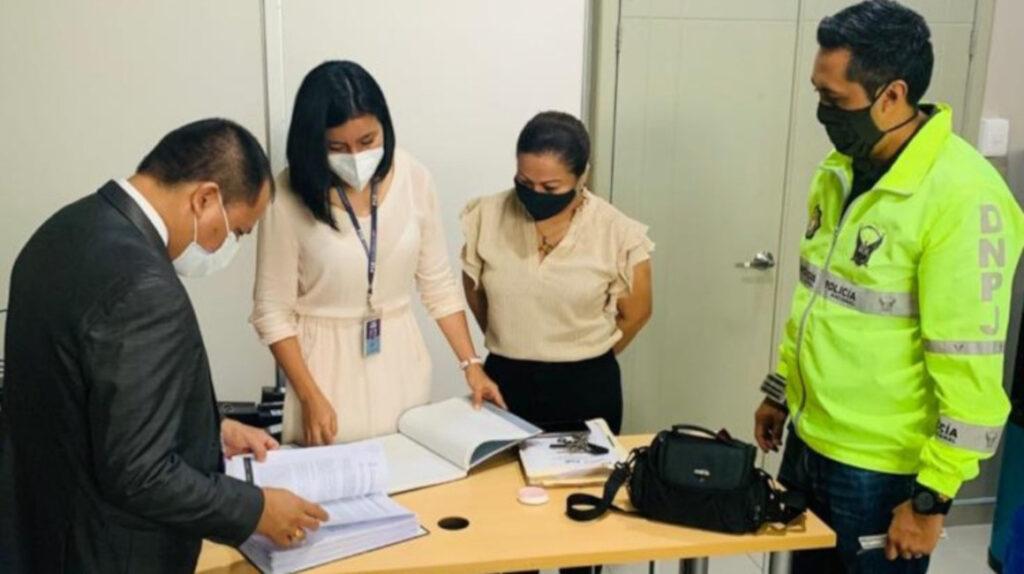 Fiscalía investiga contratos por USD 700.000 en el Teodoro Maldonado