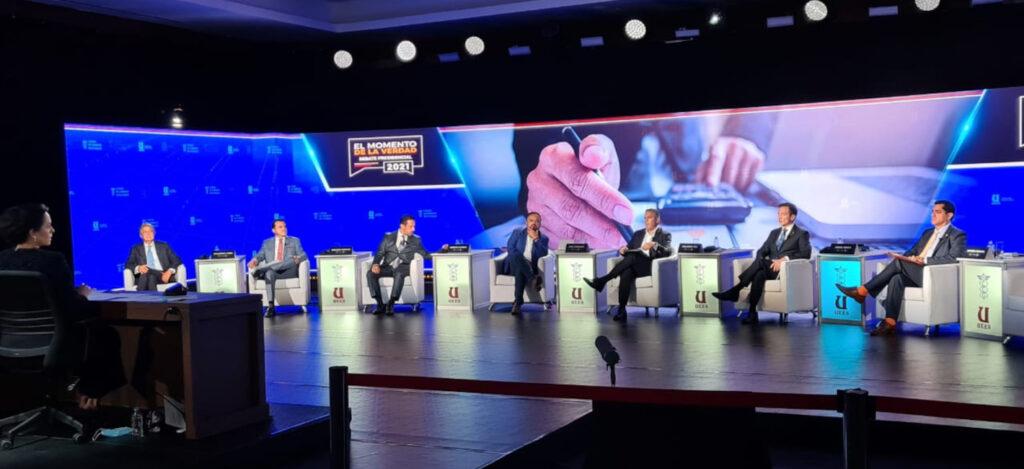Candidatos presidenciales, tímidos para debatir en Guayaquil