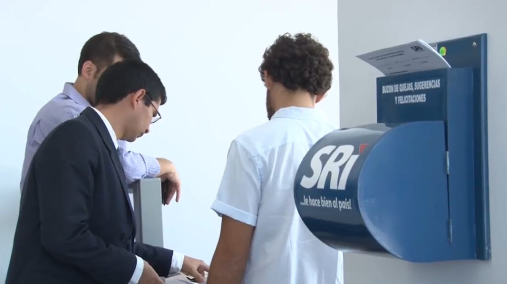 SRI accederá a información bancaria internacional de contribuyentes de Ecuador