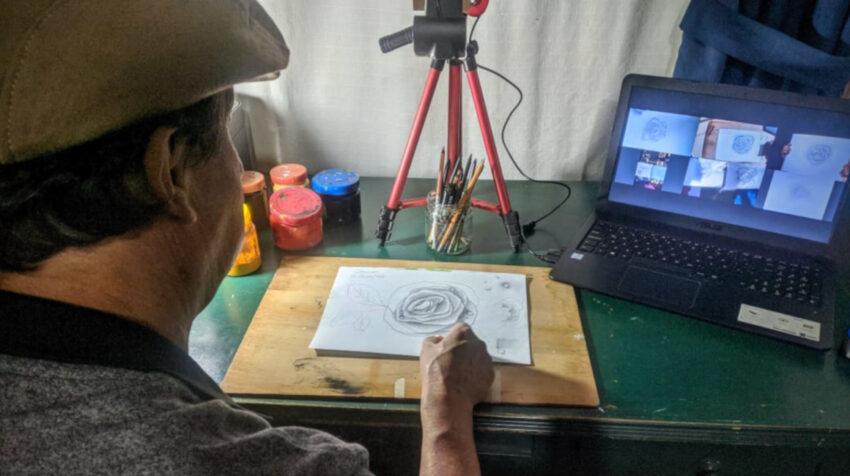 El pintor Jorge Morales durante una de sus clases virtuales, el 7 de enero de 2021.