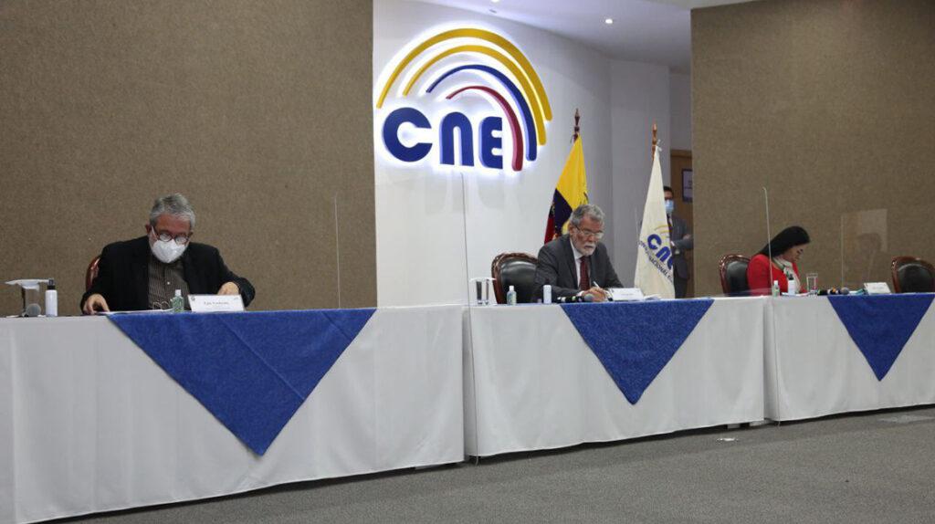 Procuraduría: CNE debe determinar si amplía horario de elecciones