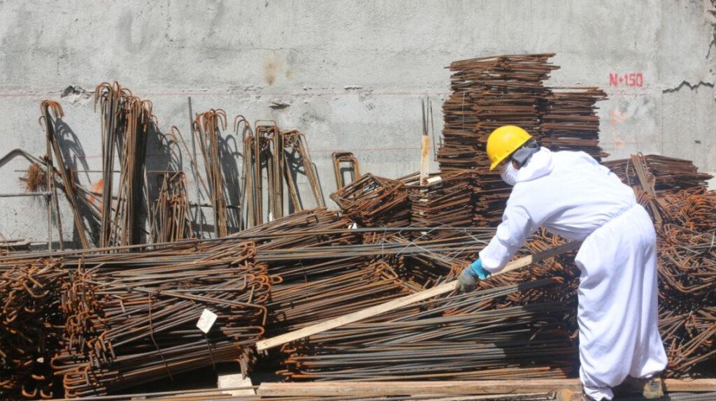 La construcción trabaja en tres frentes para reactivarse en 2021