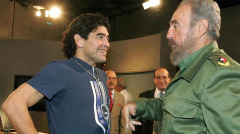 Diego Maradona junto a Fidel Castro durante uno de sus tantos encuentros.