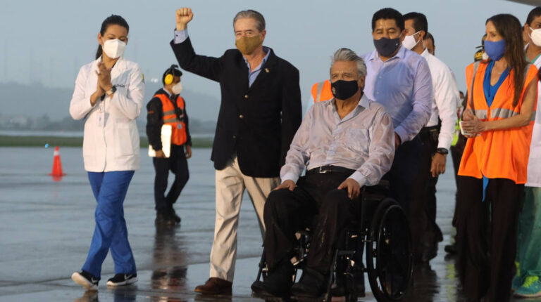 exministro Salud Juan Carlos Zevallos presidente Lenín Moreno llegada vacunas