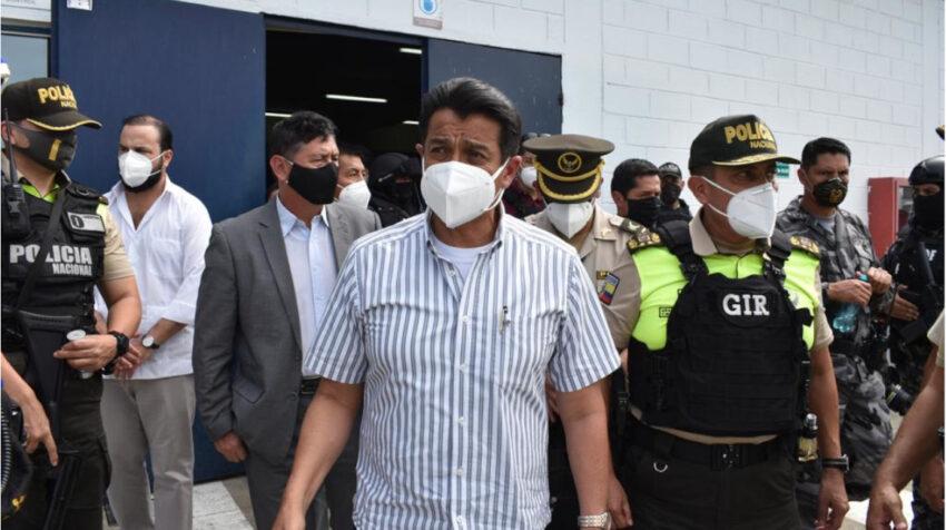El ministro de Gobierno, Patricio Pazmiño, dijo que la situación en las cárceles de Guayaquil fue controlada, el 25 de febrero de 2021.