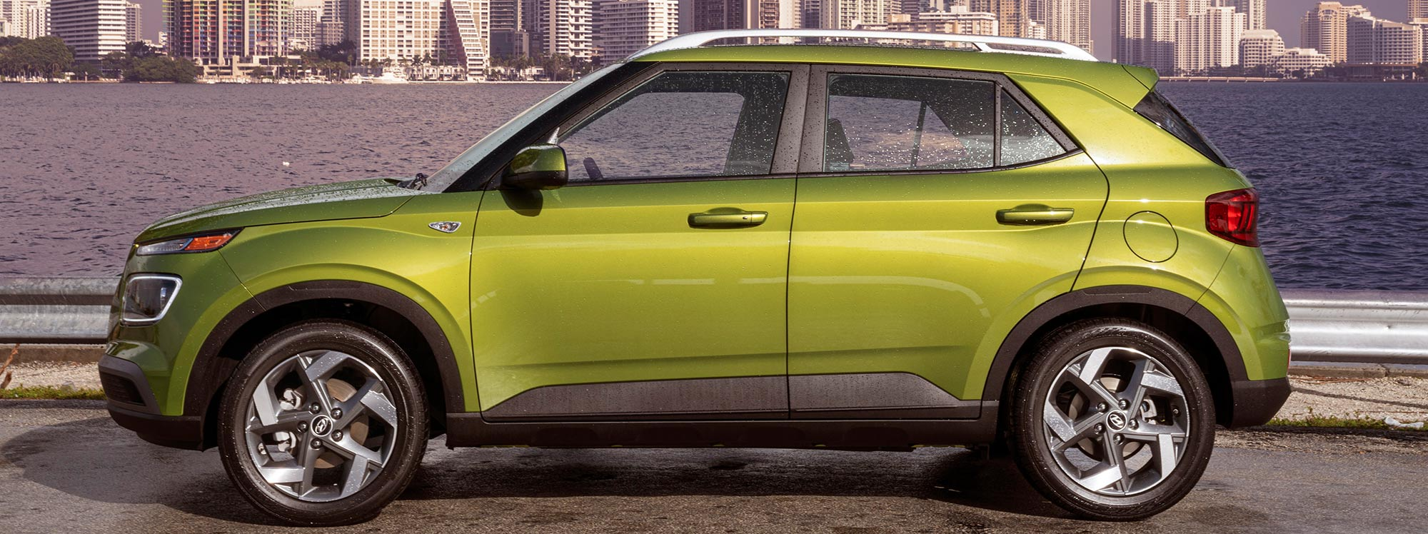 """Hyundai Venue reconocido como el carro con """"Mejor valor de 2021"""""""