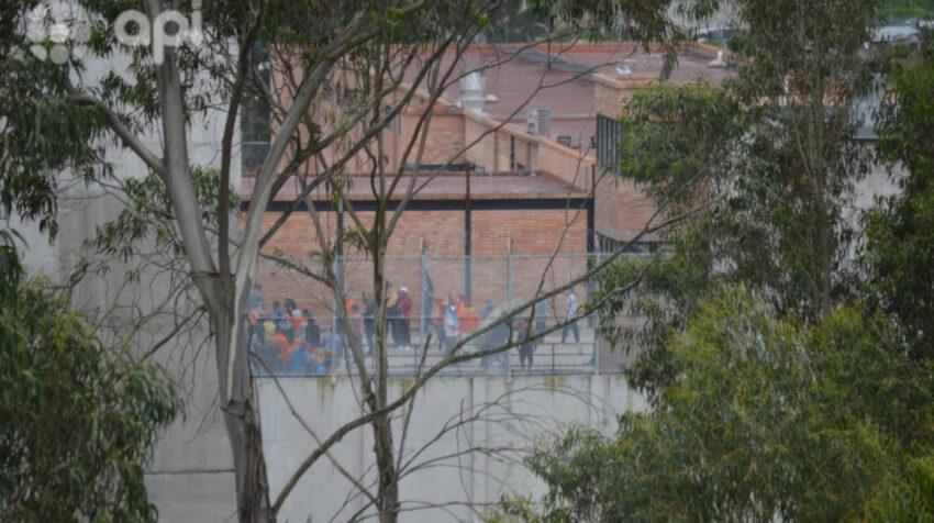 Vista de los presos amotinados el 23 de febrero de 2021 en la cárcel de Turi, en Cuenca.