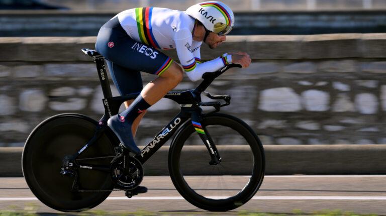 El italiano Filippo Ganna alcanzó una velocidad de 56 kilómetros por hora en la contrarreloj en la Etapa 2 del UAE Tour, el lunes 22 de febrero de 2021.