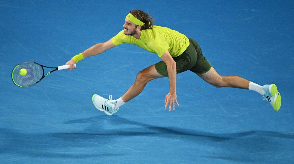 Tsitsipás le gana a Nadal y se mete a semifinales en Australia