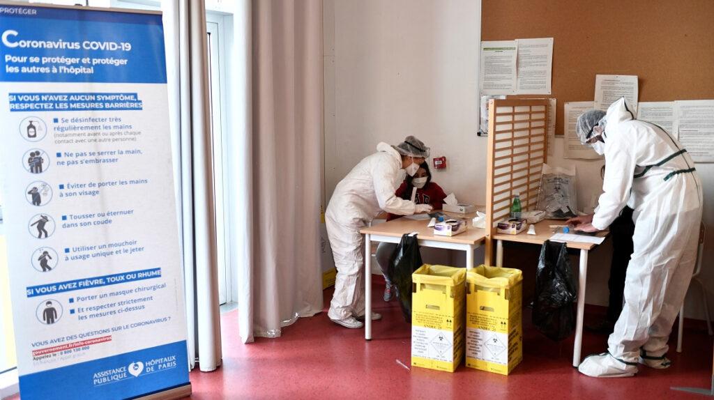 Reinfección grave con la cepa sudafricana de coronavirus preocupa a Francia