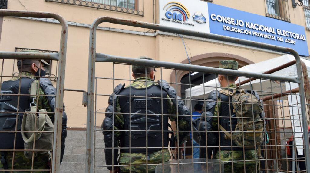 La Policía en alerta por posibles desmanes en las votaciones y escrutinios