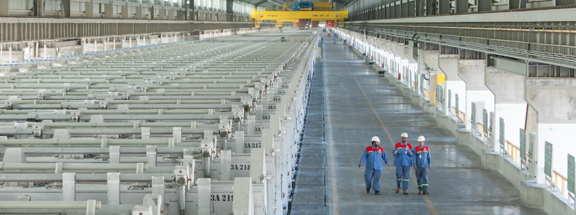 BMW Group obtiene aluminio producido con energía solar