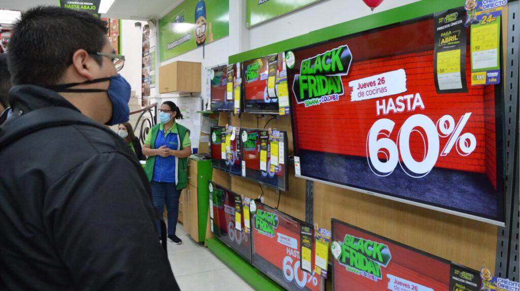 Crisis de contenedores pone en riesgo las ventas del 'Black Friday', navidad y fin de año