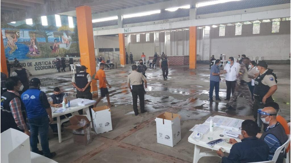 8.307 privados de la libertad votan en 39 cárceles de Ecuador