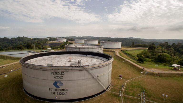 Una vista panorámica de la tanquería de Petroecuador, en marzo de 2019.