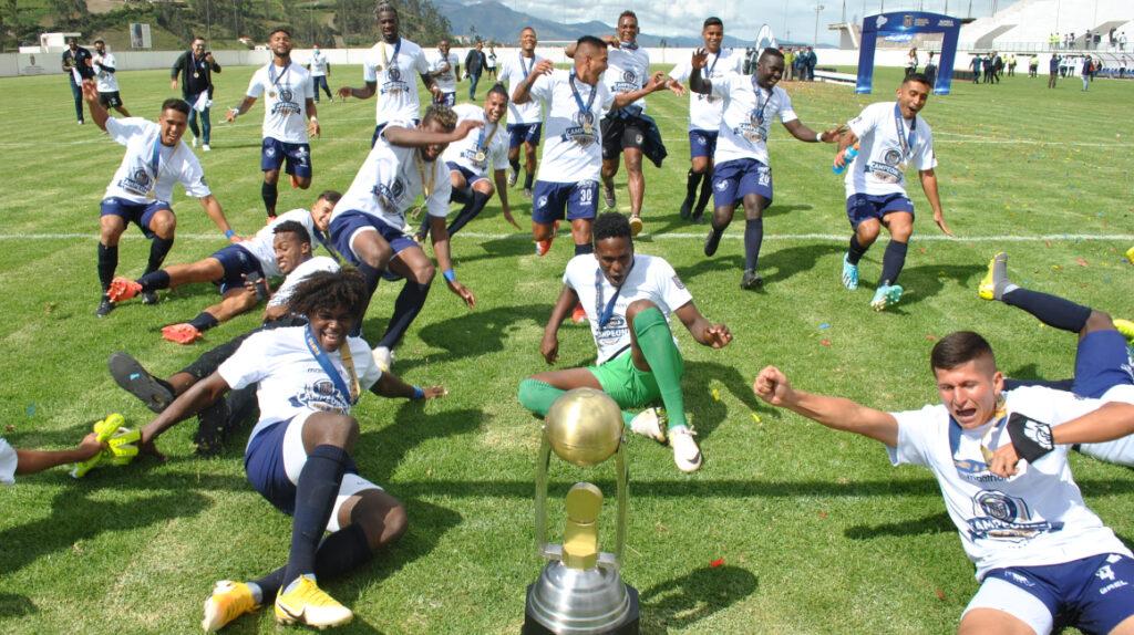 Guayaquil Sport tendrá 30 futbolistas y un presupuesto de USD 800.000