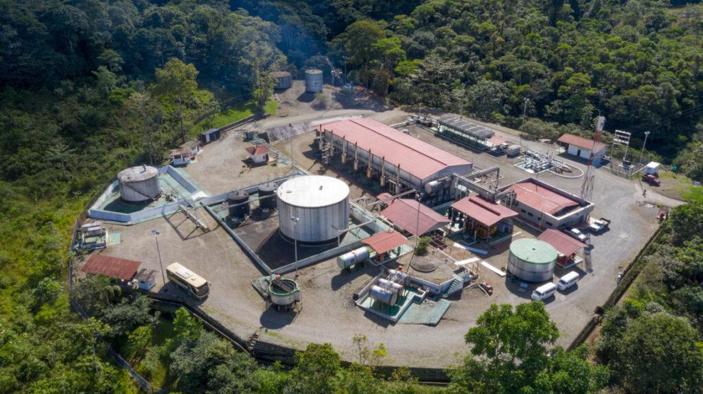 Hispana y Latina se quedan con el principal seguro de Petroecuador