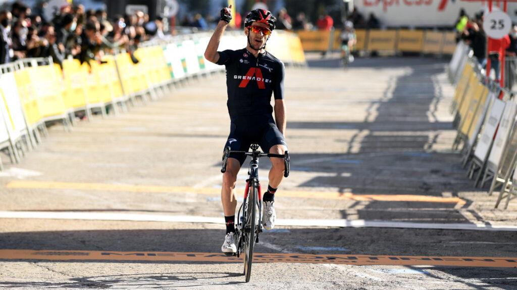 Adam Yates gana la Etapa 3 de la Volta a Catalunya y es el nuevo líder