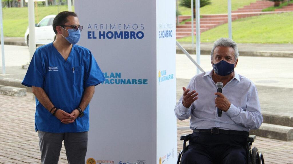 Ministro de Salud anuncia que dio positivo para Covid-19