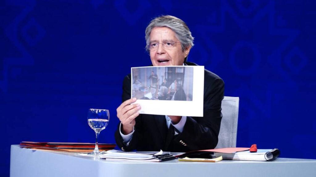 Guillermo Lasso ofrece crear Defensoría de derechos de la mujer