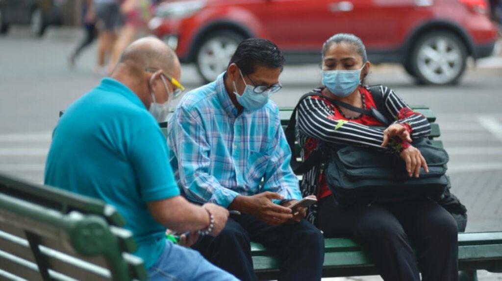Guayaquil endurece restricciones tras repunte de muertes por Covid-19