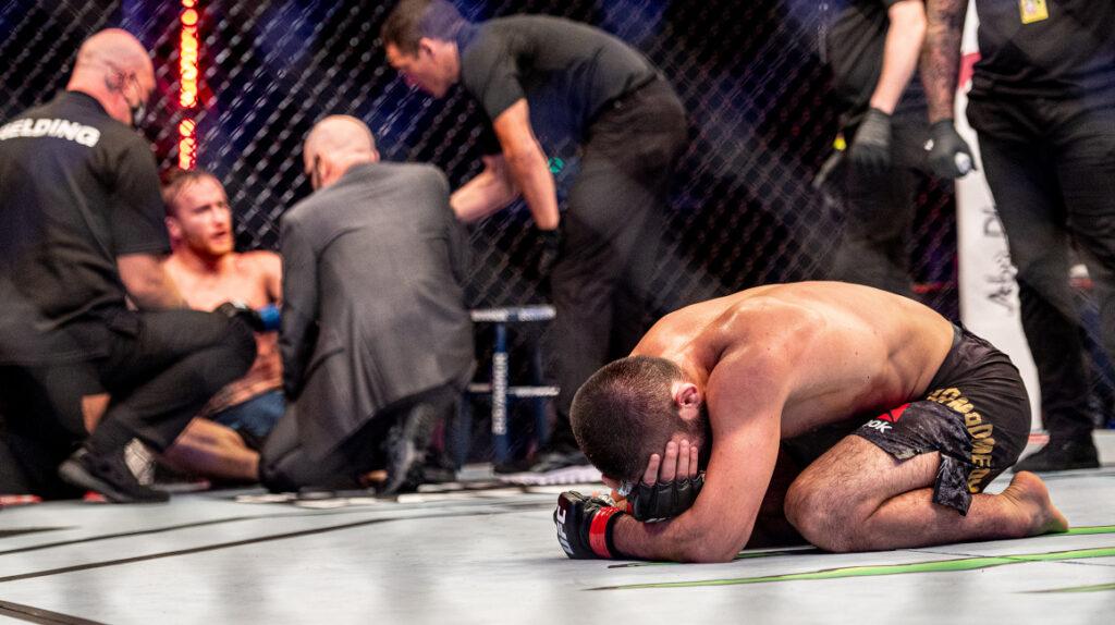 Khabib Nurmagomedov se retira definitivamente de la UFC