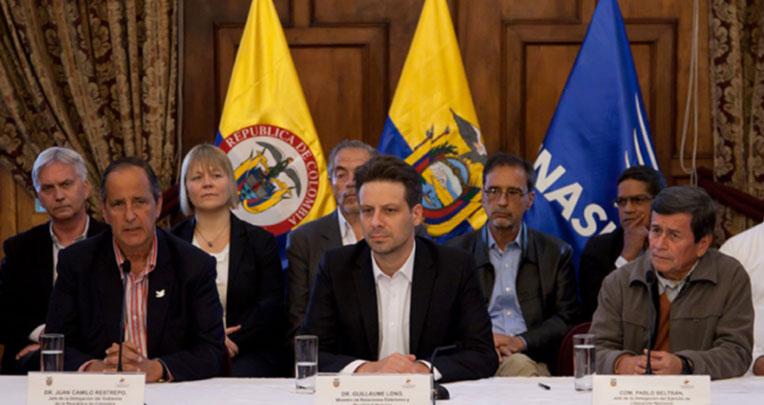 En febrero de 2017, el gobierno de Rafael Correa inició oficialmente las mesas de diálogos de paz en Ecuador. El entonces canciller Guillaume Long presidió ceremonias oficiales junto a Pablo Beltrán, del ELN, y Juan Camilo Restrepo del gobierno colombiano.