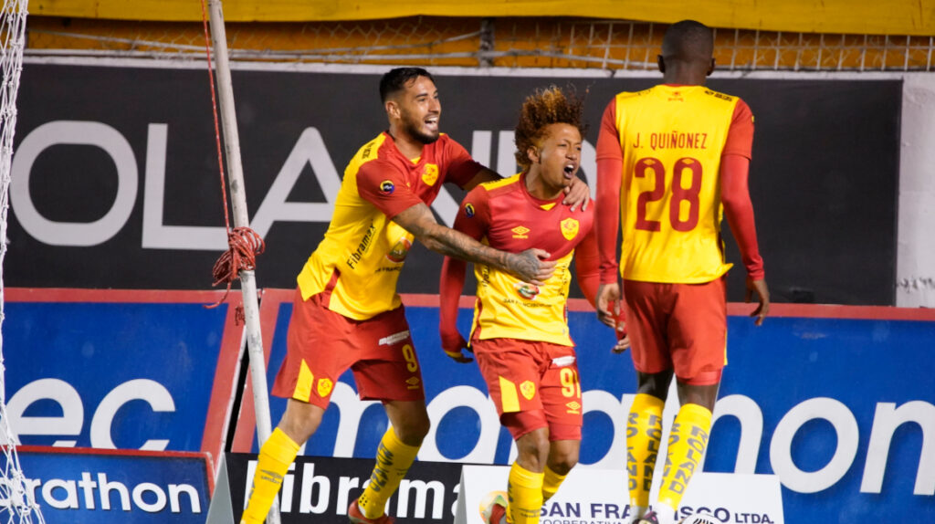 Aucas y Guayaquil City se enfrentan por la Copa Sudamericana