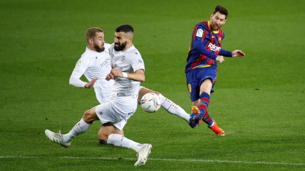 Messi iguala a Xavi como el jugador del Barcelona con más partidos
