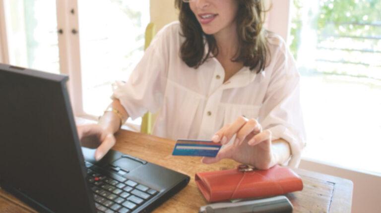 Los consumos digitales con tarjeta de crédito se incrementan en 26%