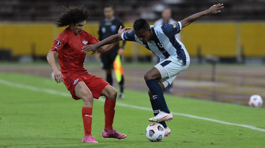 U. Católica pierde por primera vez de local en la Copa Libertadores
