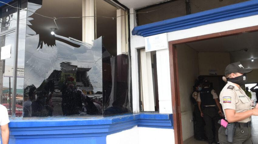 Dos explosiones se registraron en la Fiscalía de El Triunfo, la madrugada del 10 de marzo de 2021.
