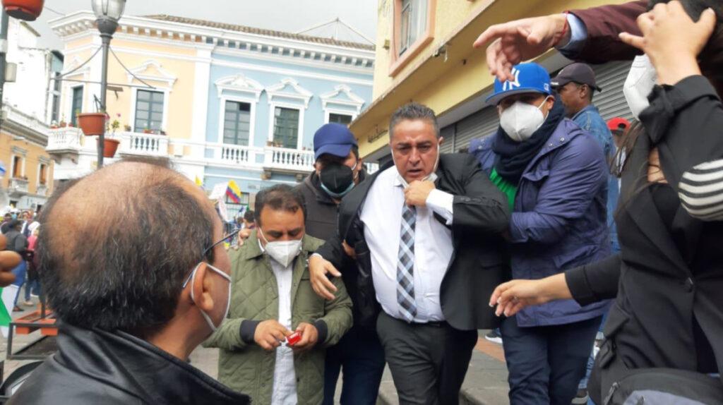 Alcaldes presionan al Gobierno para el pago de USD 1.053 millones