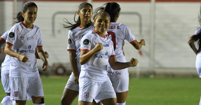 Las futbolistas de América de Cali durante el partido ante El Nacional, por la Libertadores femenina, el lunes 8 de marzo de 2021.