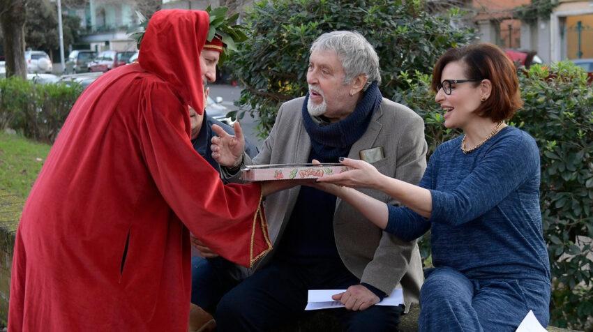 Tres actores durante una representación de la Divina Comedia, obra de Dante Alighieri, el 5 de febrero de 2021.
