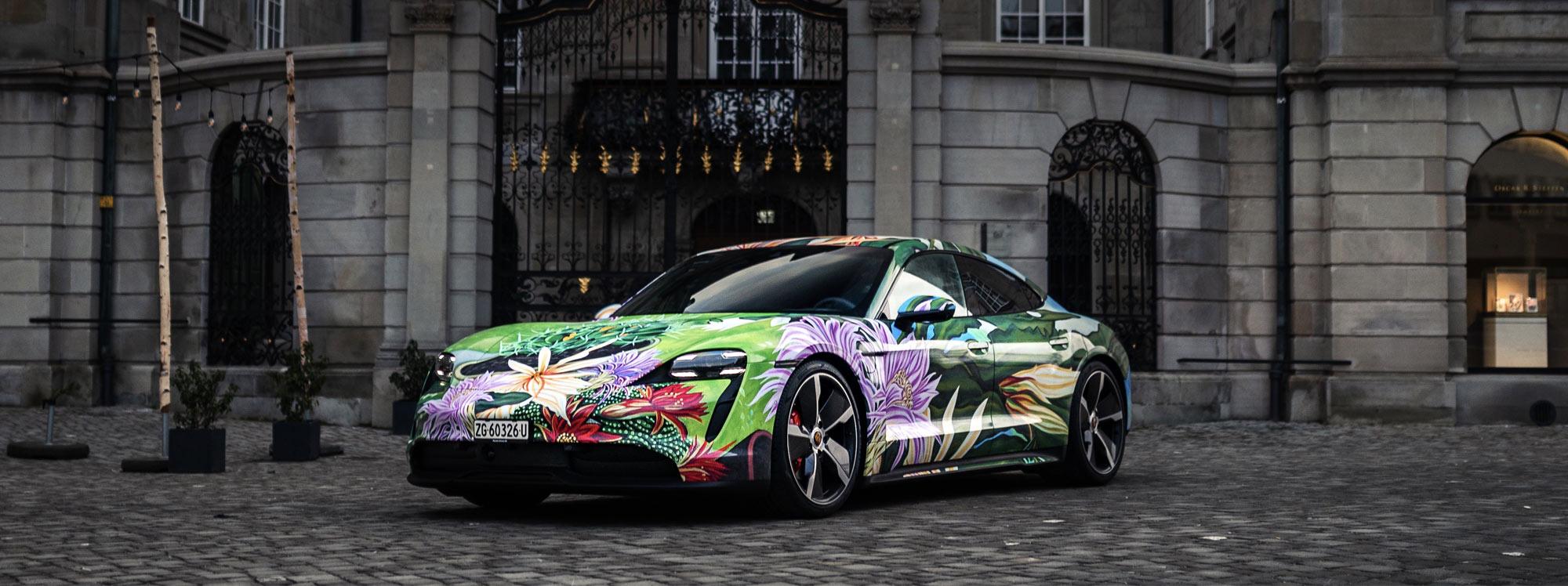 Porsche subastará su primer deportivo eléctrico para caridad
