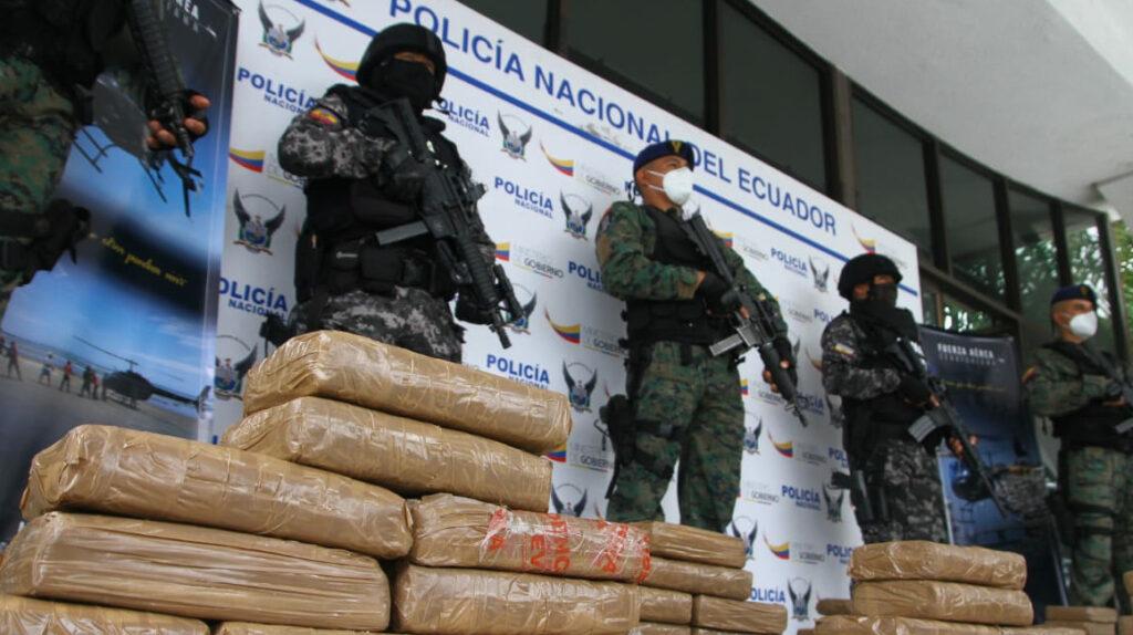Bandas locales en pugna por logística para los carteles mexicanos