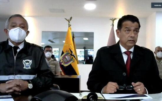 Patricio Carrillo, comandante de la Policía; y, Patricio Pazmiño, ministro de Gobierno, durante su comparecencia ante la Asamblea, el 1 de marzo de 2021.