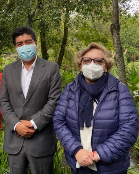 Jorge Yunda, alcalde de Quito, y Ximena Abarca, secretaria de salud del Municipio,