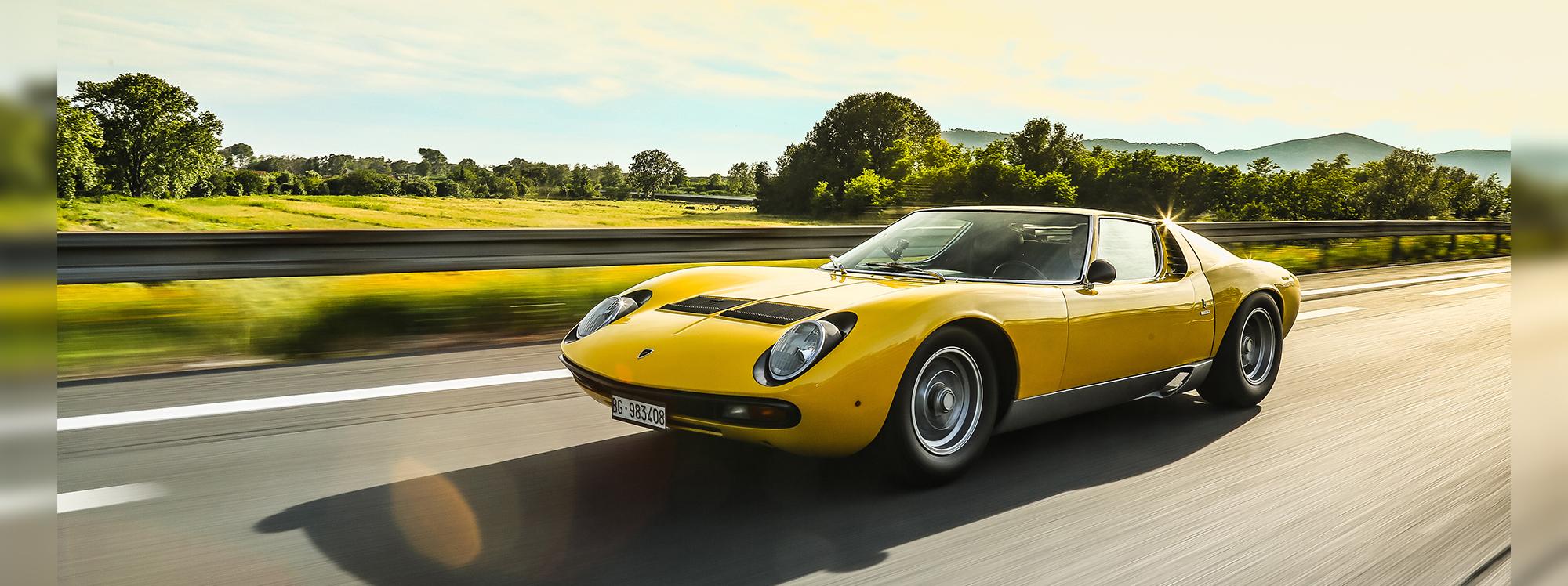 Un viaje por la historia de Lamborghini Miura SV en sus 50 años