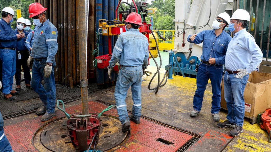 Sindicato, el reto de Petroecuador antes de soñar con cotizar en bolsa